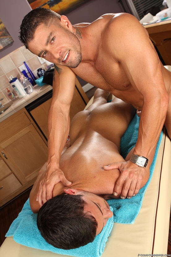 Donny Wright and nude masseur Cody Cummings 04 Ripped Muscle Bodybuilder ...